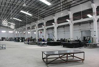 玺世金属铝单板生产车间
