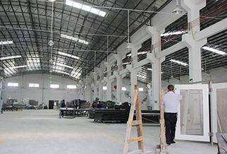 玺世金属铝单板产品生产车间
